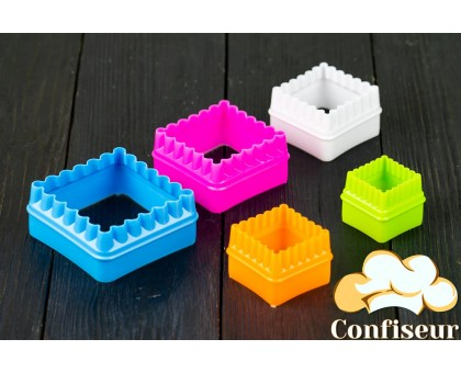 "Plastic cutters ""Corrugated squares"" (set of 5 pieces)"