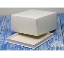 Коробка для торта 210*210*110 белая
