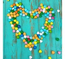 Драже из молочного шоколада Цветные сердца (100 грамм)