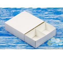 Коробка белая 160*160*55