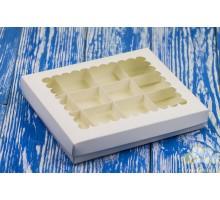 Коробка для 16-ти конфет с окном 200*170*30 Белая